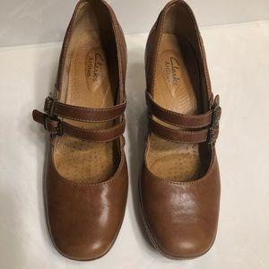 Clark's Artisan 8 1/2 shoes